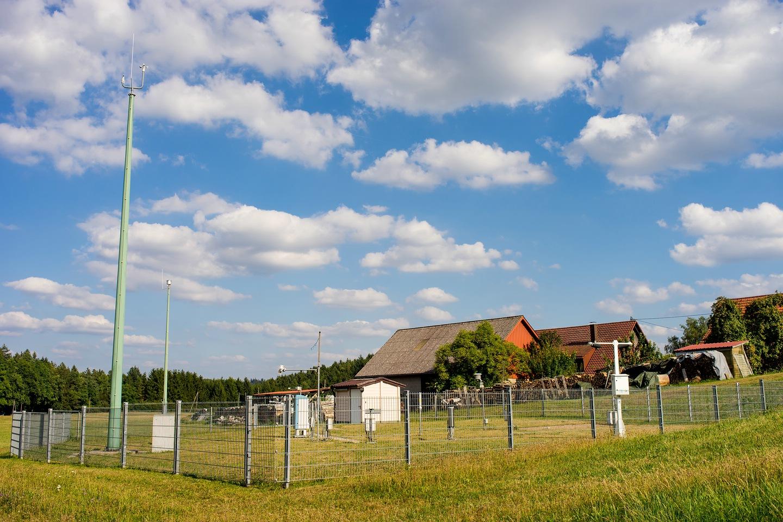 http://www.wetterstation-leutenbach.de/Bilder/compressed1152.jpg