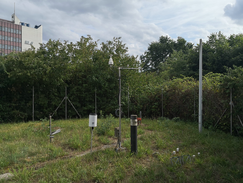 http://www.wetterstation-leutenbach.de/Bilder/karlsruhe3.jpg